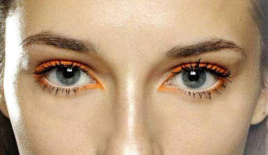 Bold Bright Eyeliner under $10