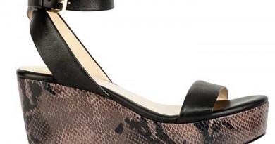 Snakeskin Flatform Sandal