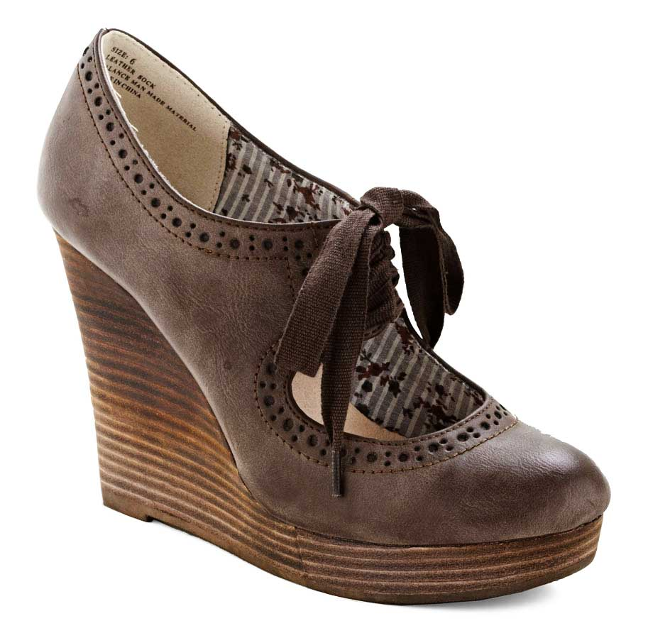 Monday Wedgie: While You Wait Wedge from Modcloth