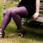 Bombsheller Leggings Review: Deer Damask