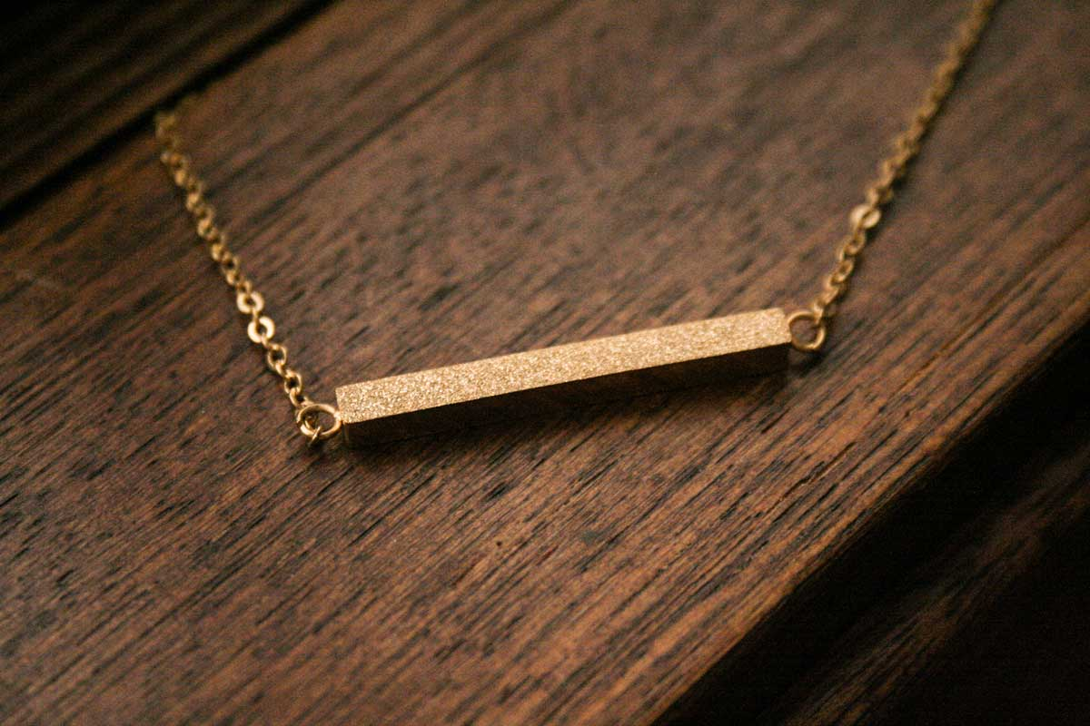 Rosewood Boutique Free Bar Necklace