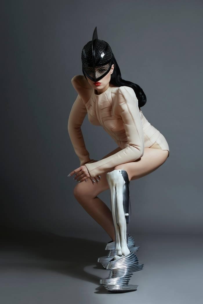 Viktoria Modesta