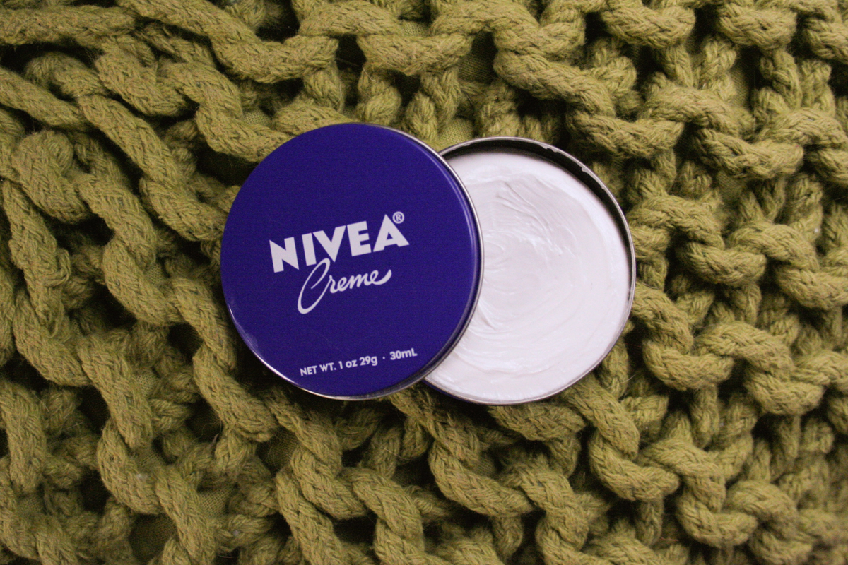NIVEA Creme: Facial Moisturizer, Makeup Remover, Hair Mask - in a $1 Tin!