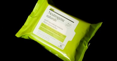 Neutrogena Naturals Purifying Makeup Removing Towelettes