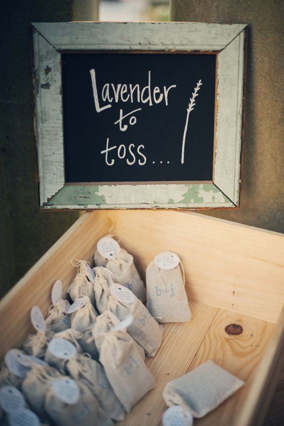 rice throw lavender over the newlyweds you can find cute lavender