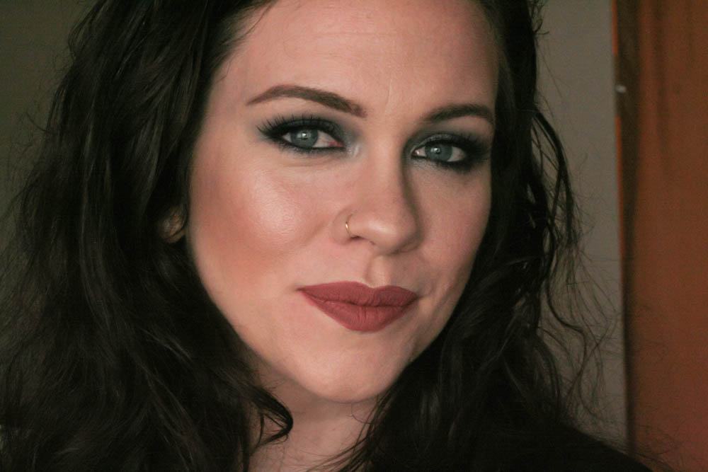 Milani Smokey Essentials Palette Makeup Look-21