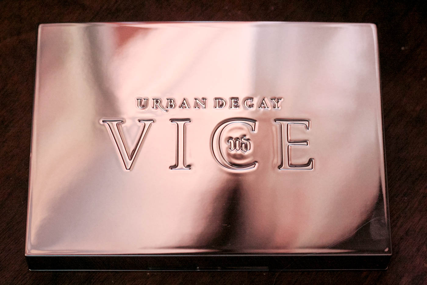 urban decay vice lipstick palette blackmail ulta beauty limited edition holiday gift makeup