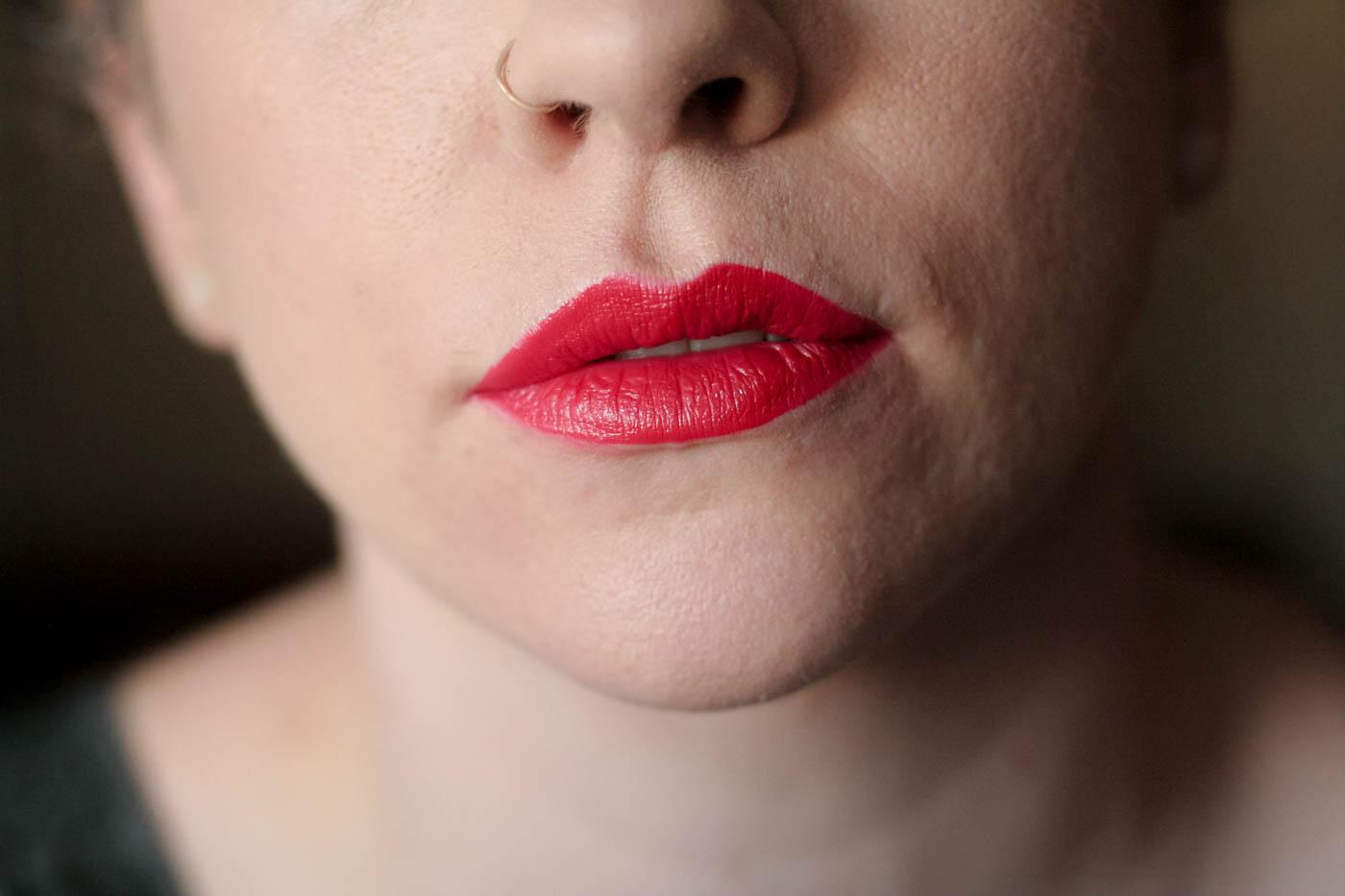 bright red orange creme vice lipstick palette swatch